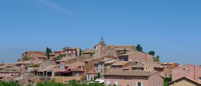 Roussillon, panorama du village d'ocre