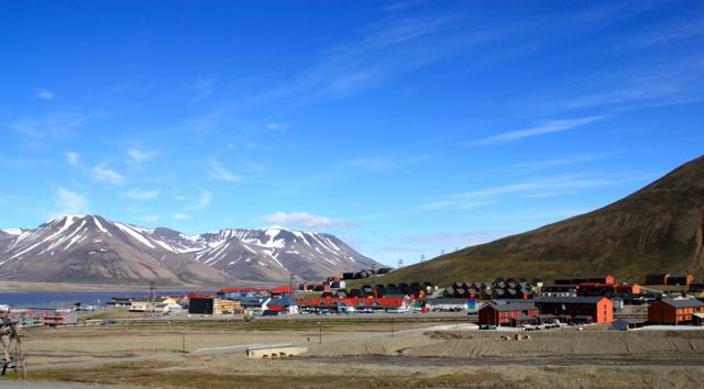 Basecamp Spitsbergen Longyearbyen Summer 15
