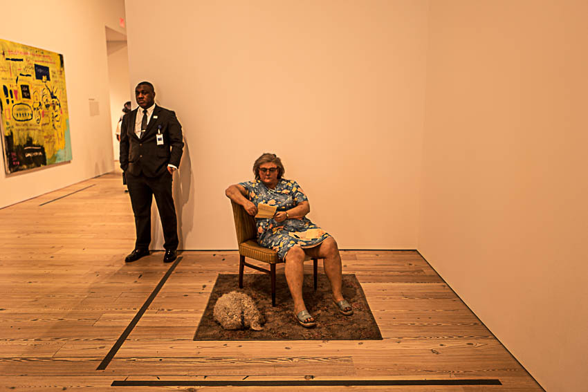 Duane Hanson. Woman with a dog
