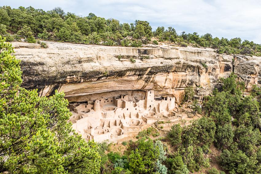 Cliff House. Un autre village creusé dans le haut d'une mesa